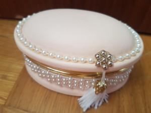 pink pearl vintage jewellery box